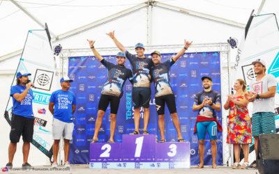 Víctor Fernández se coloca líder del mundial de windsurf tras ganar en Tenerife